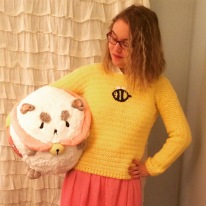 bee-and-puppycat-sweater